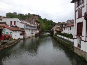 サン・ジャン・ピエ・ド・ポーの町並み
