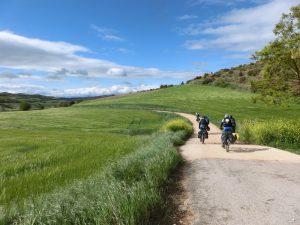 自転車の巡礼者たち