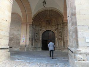 教会の入り口