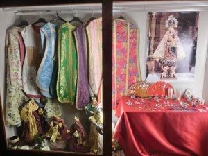 教会の中で展示されていた服