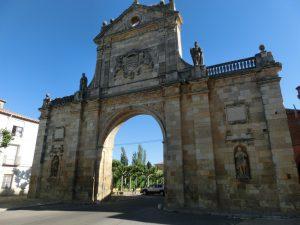 サン・ベニート門