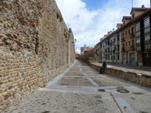 旧市街地を取り囲む城壁