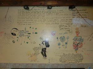 食堂の落書き