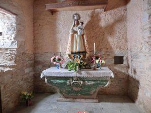 教会の聖マリア像