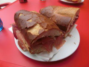 ボカディージョの昼食
