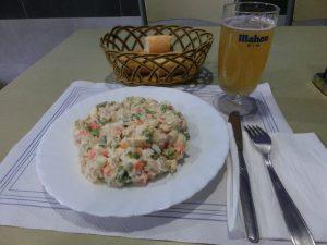 夕食のサラダ
