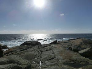 まだ日が高いムシアの海岸