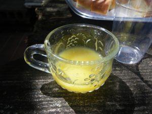 酒はダメなんでオレンジジュースください