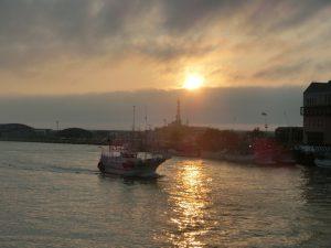 幣舞橋から見た夕日