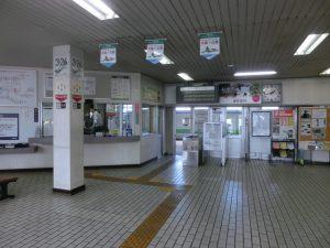 追分駅の構内